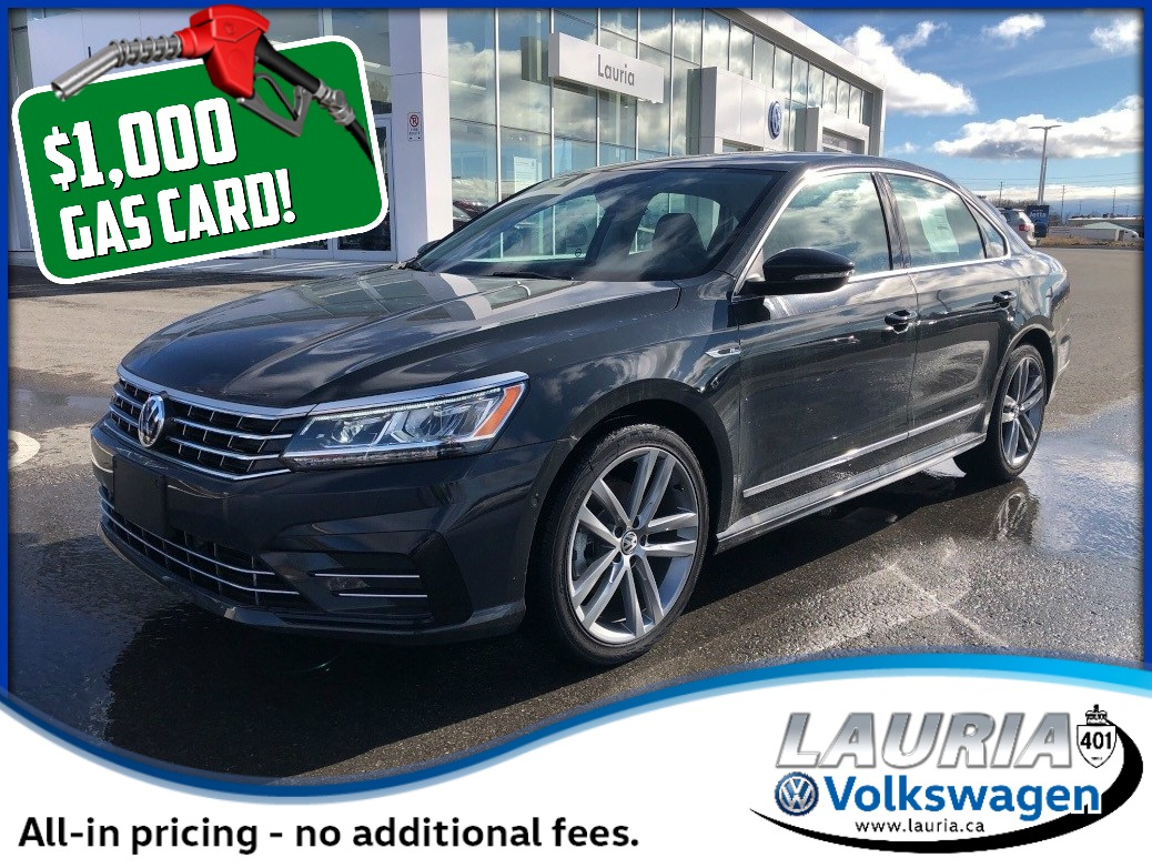 New 2017 Volkswagen Passat 1.8 TSI Highline R-Line *Includes $1,000 Gas Card*
