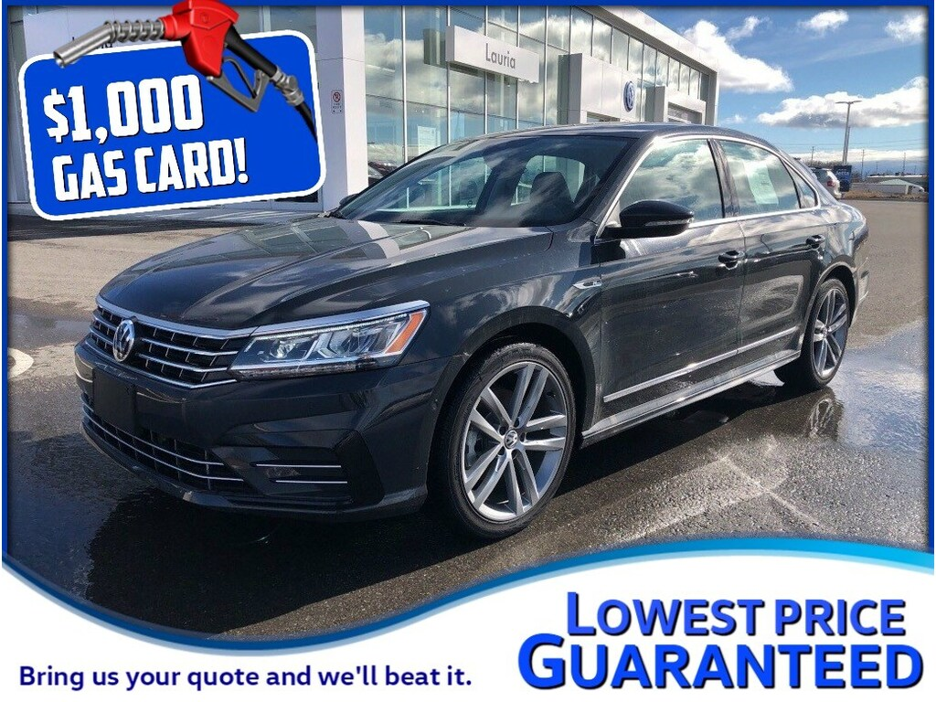 Pre-Owned 2017 Volkswagen Passat 1.8 TSI Highline R-Line *Includes $1,000 Gas Card*