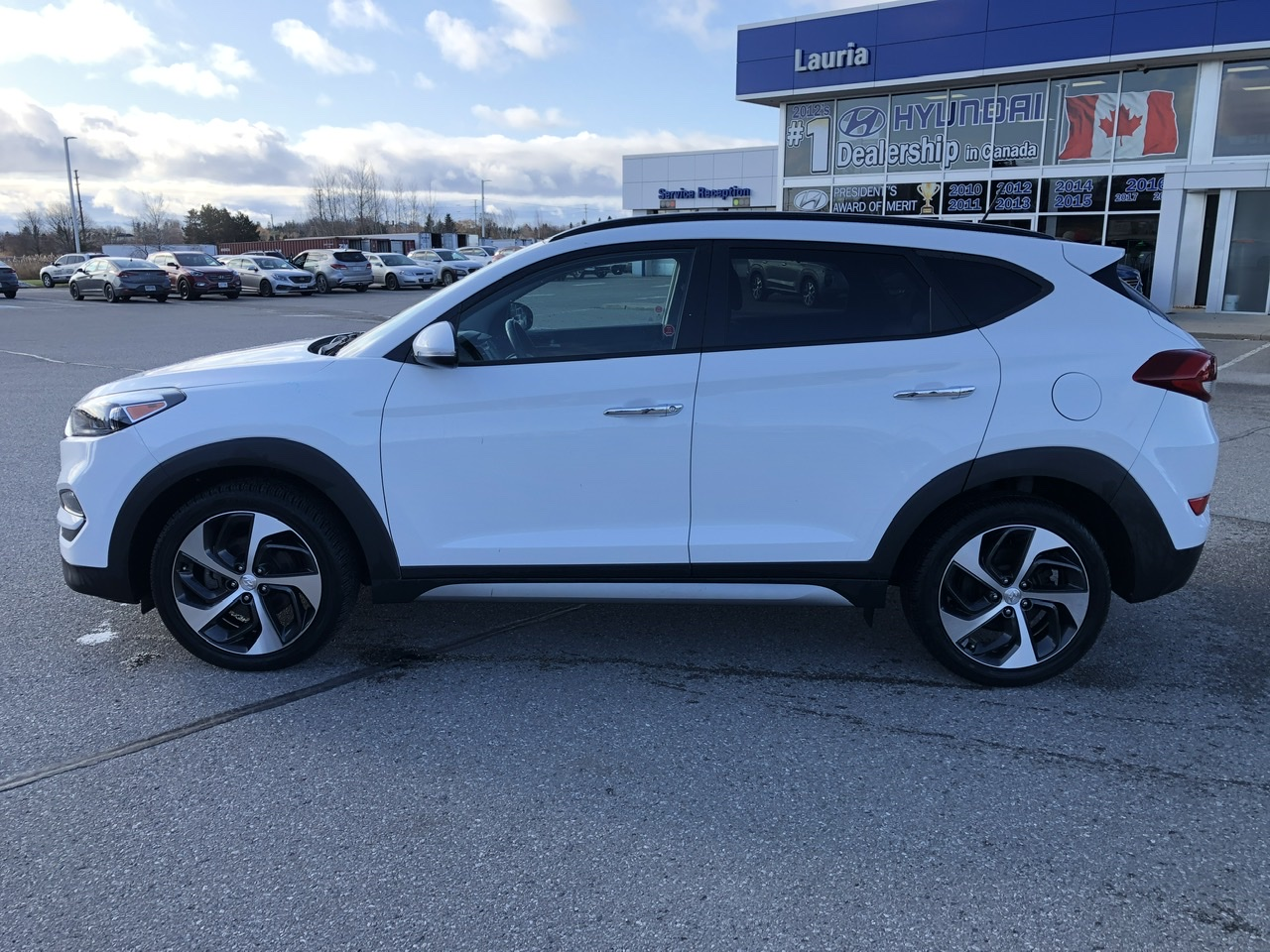 Certified Pre-Owned 2017 Hyundai Tucson SE - Leather / Panoramic sunroof