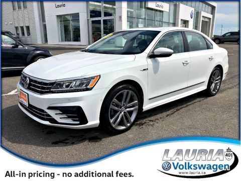 Certified Pre-Owned 2017 Volkswagen Passat 1.8 TSI Highline R-Line - Only 7,200kms!